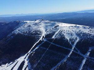 Le mont Ventoux vue aérienne