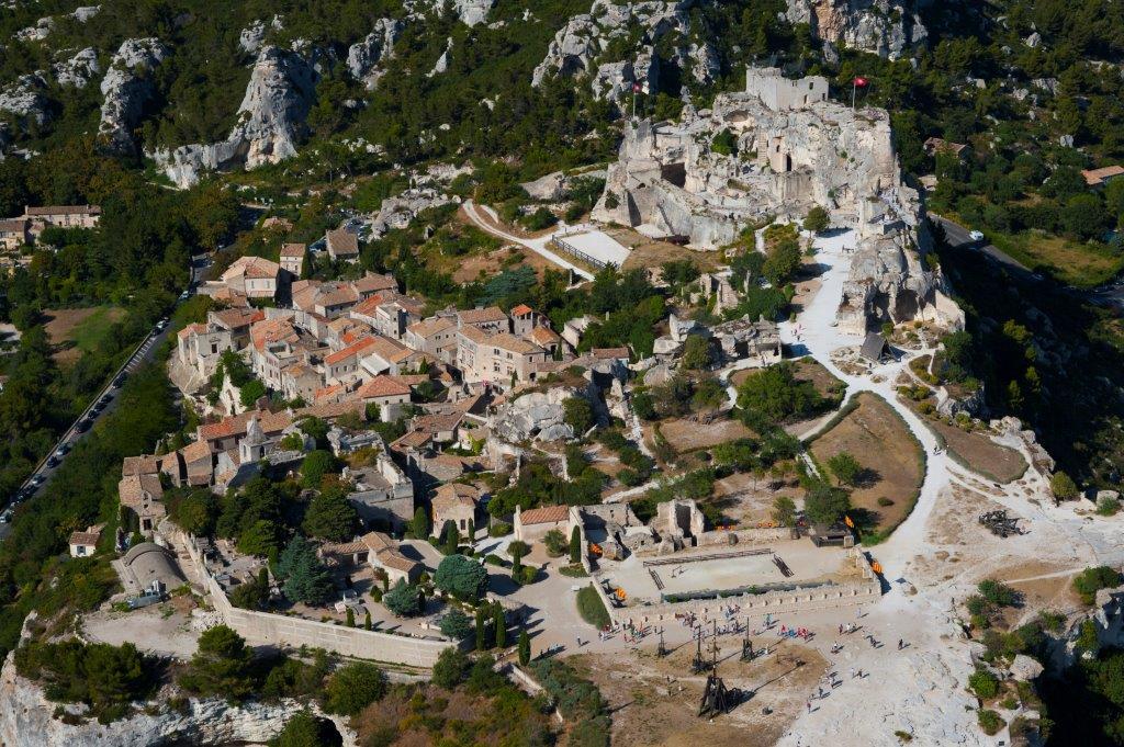 Les Baux de Provence vu du ciel dans les Alpilles